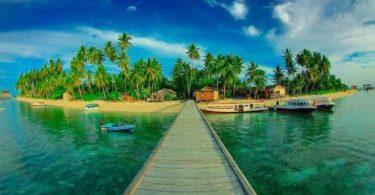 Wisata Pulau Derawan - Panduan Liburan YoExplore