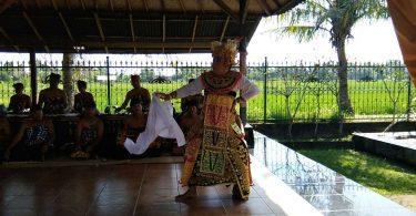 Art Classes in Bali - YOEXPLORE.co.id