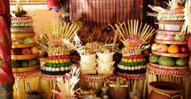 Hari Raya Galungan - YOEXPLORE.co.id