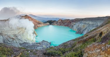 blue fire ijen - Panduan Traveling YoExplore