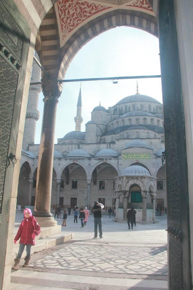 Istanbul - YOEXPLORE.co.id