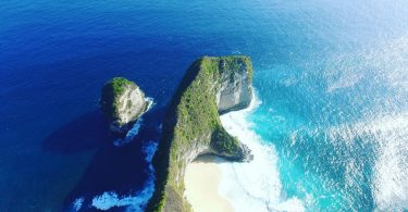 Panduan Traveling - YOEXPLORE - jelajah 3 pulau