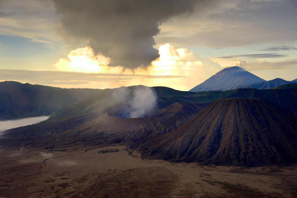 Gunung Bromo - Panduan Liburan YoExplore