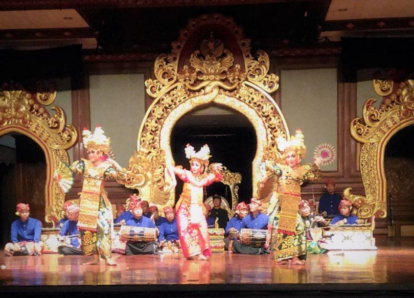Legong Kraton Dance- Yoexplore