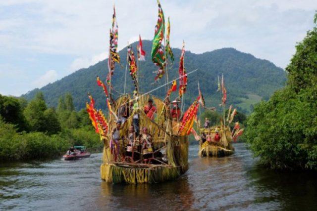 festival akhir bulan Oktober - YOEXPLORE.co.id - festival budaya Indonesia - yoexplore
