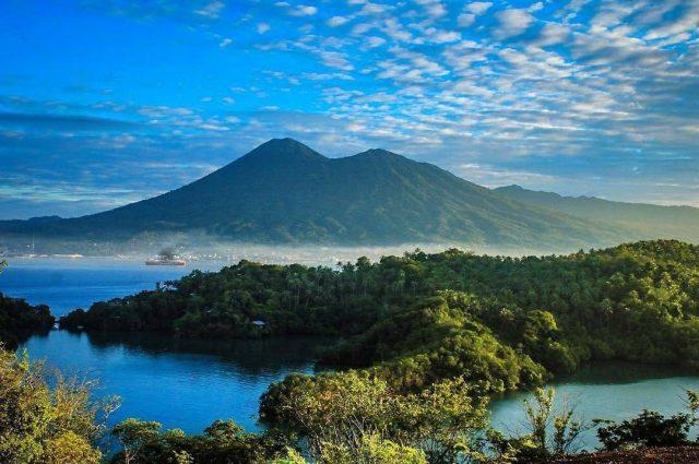 taman laut di Sulawesi - panduan liburan di sulawesi - yoexplore