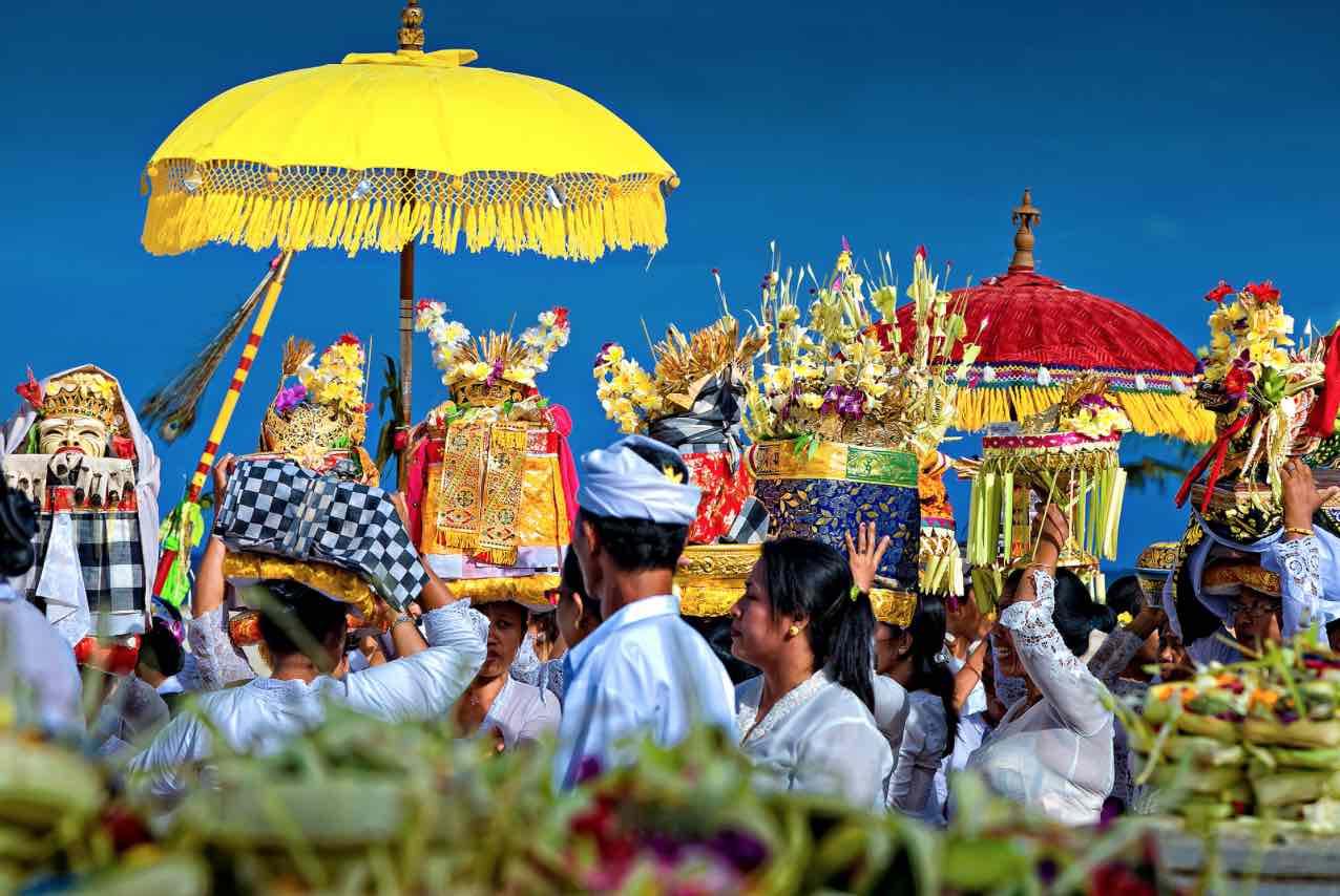 wisata budaya di Indonesia - Panduan Traveling, YOEXPLORE - budaya