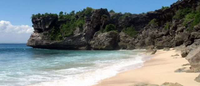 rekomendasi pantai di bali - yoexplore, liburan keluarga - yoexplore.co.id
