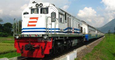 tips traveling naik kereta - yoexplore, liburan keluarga - yoexplore.co.id