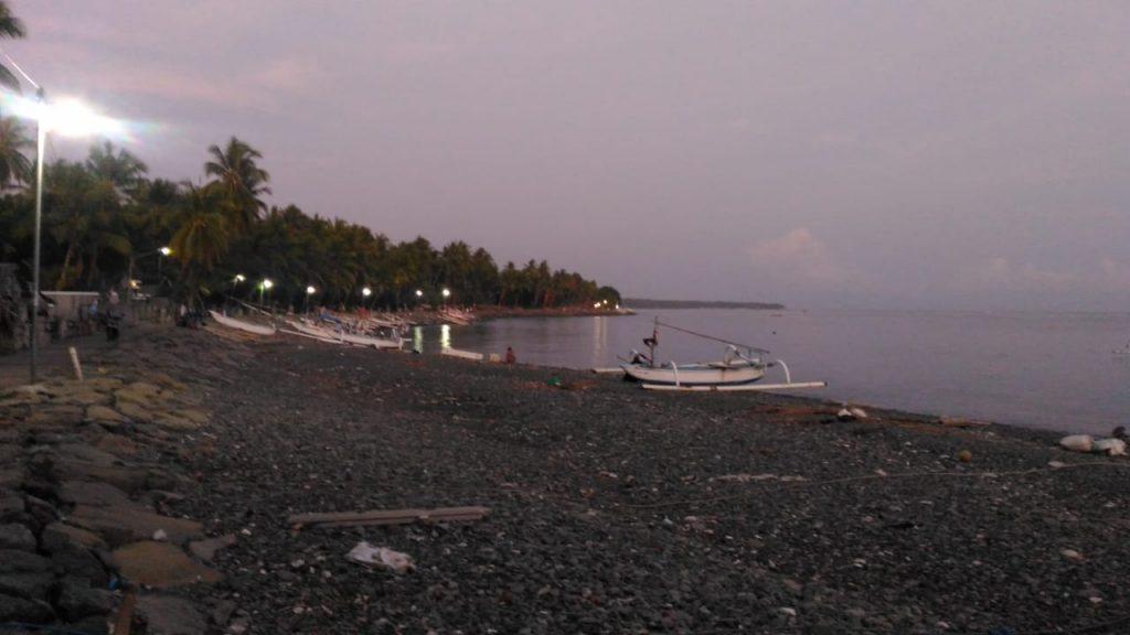 North Bali Beach_Yoexplore_Les Beach
