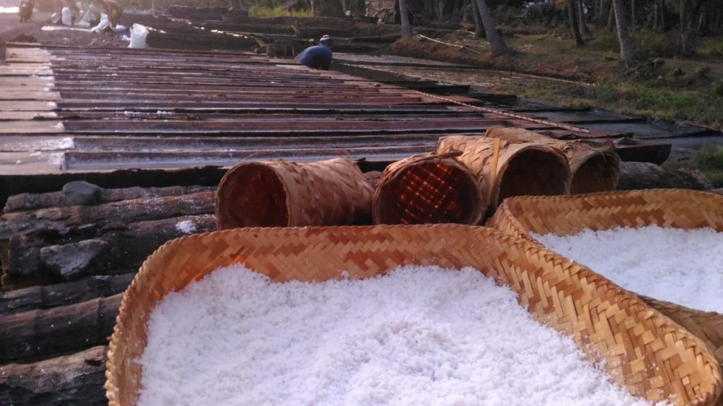 North Bali Beach_Yoexplore__Salt making