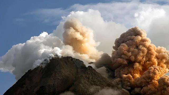bencana alam terbesar di Indonesia - yoexplore, liburan keluarga - yoexplore.co.id