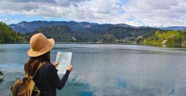 perlengkapan solo traveling - yoexplore, liburan keluarga - yoexplore.co.id