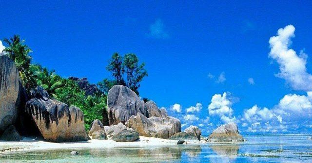 tempat wisata di belitung - yoexplore, liburan keluarga - yoexplore.co.id