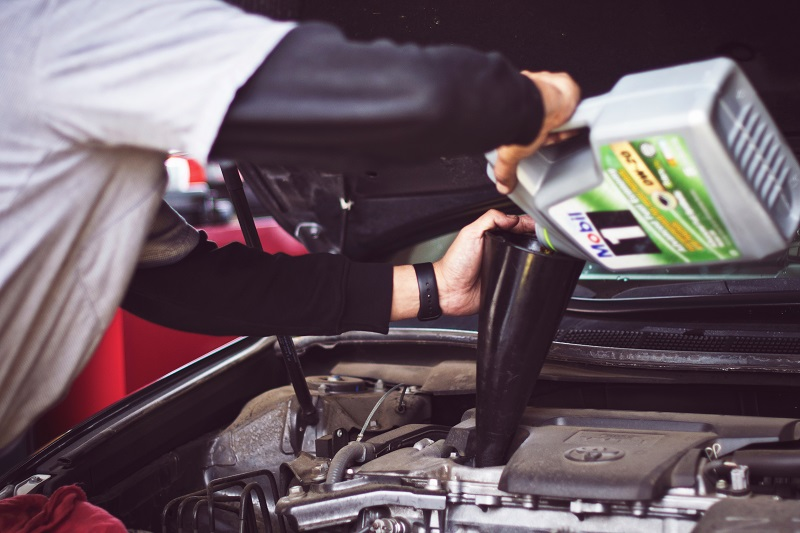 mitos perawatan mobil dan faktanya - yoexplore, liburan keluarga - yoexplore.co.id