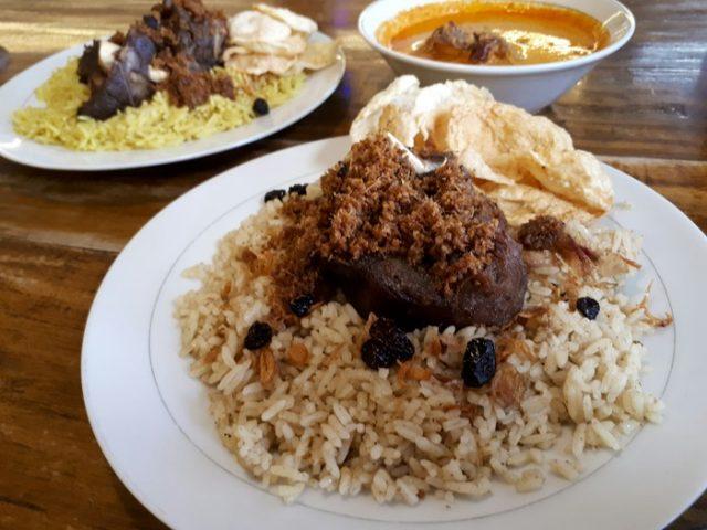 Wisata kuliner malam di Jakarta Barat - yoexplore, liburan keluarga - yoexplore.co.id