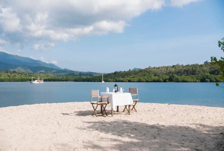 Menjangan dynasty resort - yoexplore, liburan keluarga - yoexplore.co.id