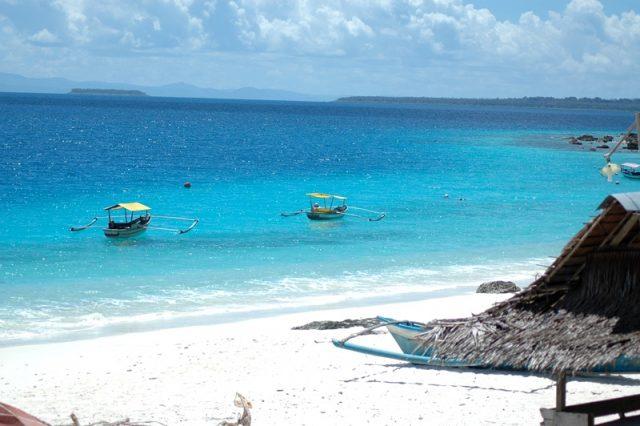 liburan keluarga di Kepulauan Nias - yoexplore, liburan keluarga - yoexplore.co.id