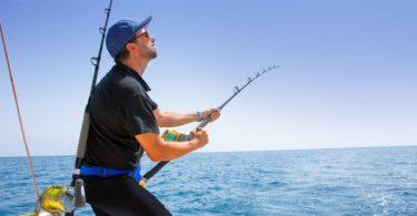 perlengkapan mancing di laut - yoexplore, liburan keluarga - yoexplore.co.id