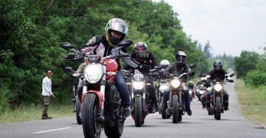 perlengkapan touring motor - yoexplore, liburan keluarga - yoexplore.co.id