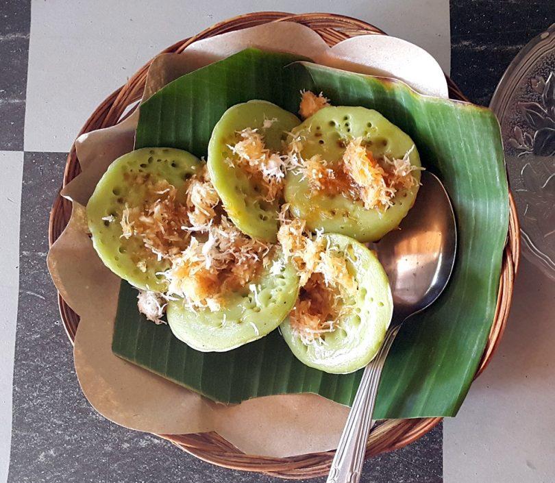 Resep Jaje Laklak Yoexplore Liburan Keluarga Kuliner Khas Bali