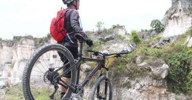 perlengkapan untuk bersepeda gunung - yoexplore, liburaan keluarga - yoexplore.co.id