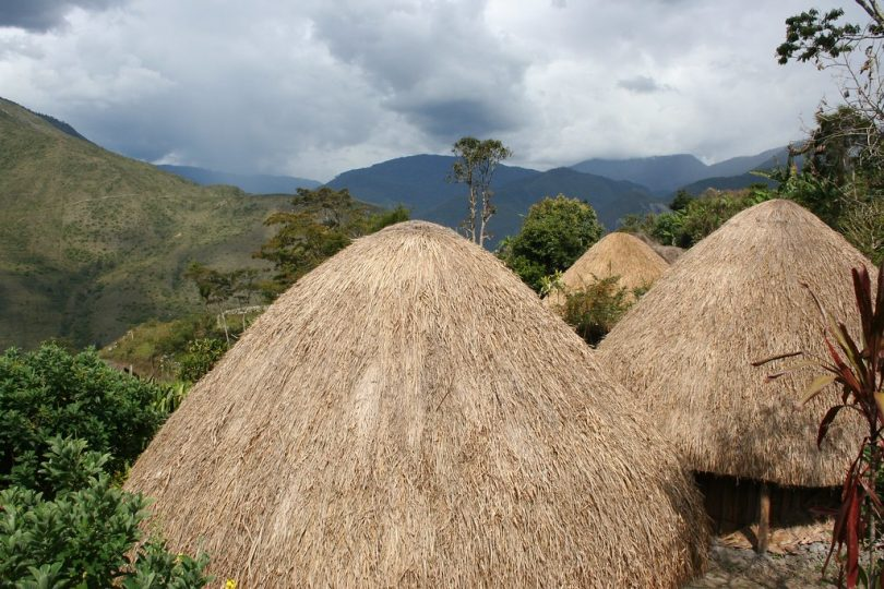 Destinasi Wisata Indah di Pulau Papua Indonesia