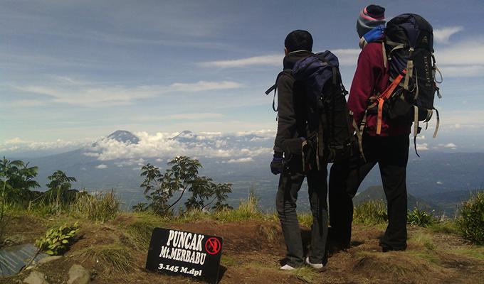 ancaman naik gunung saat musim kemarau - yoexplore, liburan keluarga - yoexplore.co.id