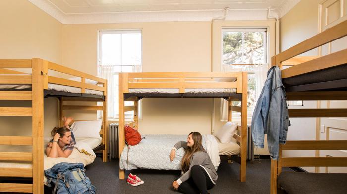 aturan tidak tertulis di hostel - yoexplore, liburan keluarga - yoexplore.co.id