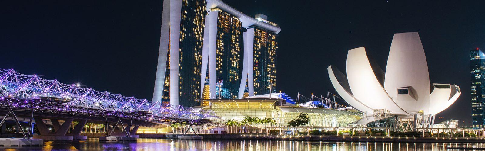paket tour 6h5m Malaysia - yoexplore, liburan keluarga - yoexplore.co.id