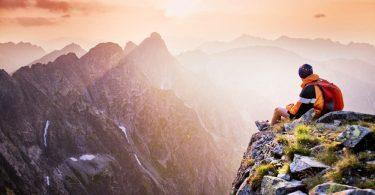 hal yang dilarang saat naik gunung - yoexplore, liburan keluarga - yoexplore.co.id