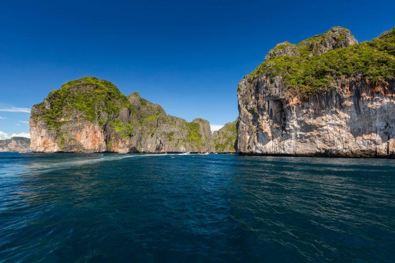 paket tour phuket dan Phi Phi Island - yoexplore, liburan keluarga - yoexplore.co.id