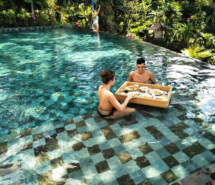 labak river hotel - yoexplore, liburan keluarga - yoexplore.co.id