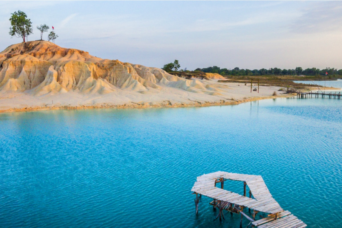 Telaga Biru Pulau Bintan