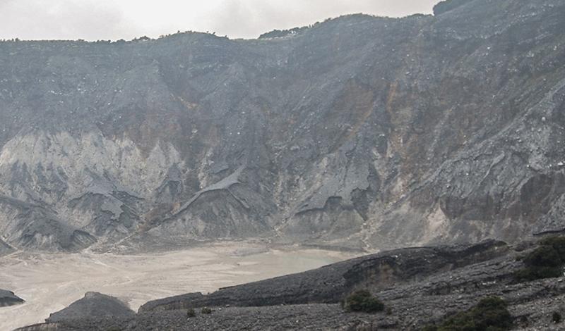 Kawah Upas - Cerita Traveling Ke Bandung